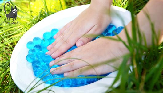 Zagrajmy w kulki – sensoryczne zabawy dla dzieci
