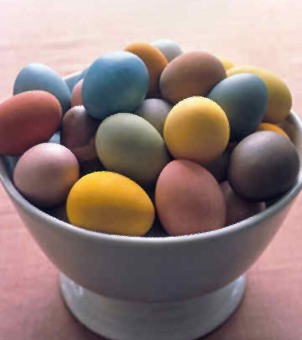 Naturalne malowanie jaj